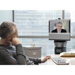 """iRobot Ava 500 – robot """"đại diện"""" giúp các nhân viên ở xa cùng làm việc, hội họp trong công ty"""