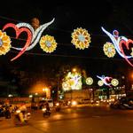 Các địa điểm chụp ảnh đẹp tại Hà Nội và Sài Gòn
